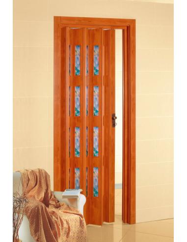 Porta a soffietto in pvc pastello e vetri colorati for Ugo cadel termocucine